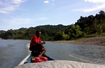 Tucks sur son bateau