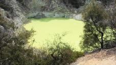 Devil's Bath - Wai-O-Tapu