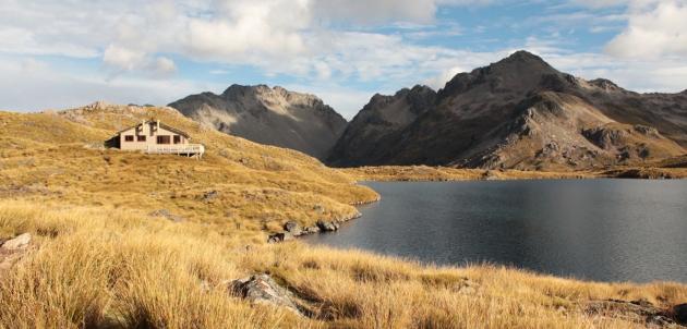 Jour 2 : Refuge du lac Angelus - Parc National des lacs Nelson