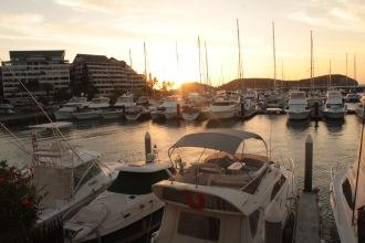 Coucher de soleil au port plaisance