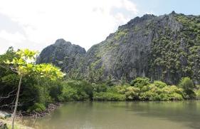 Les falaises de Hiengène