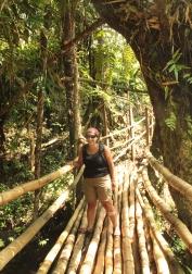 pont en bambou - Tour de millenium cave