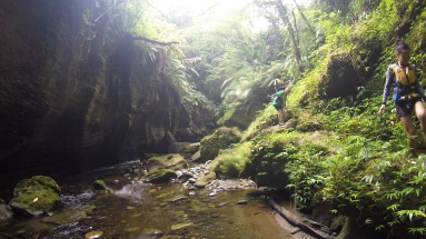 Canyoning - Tour de millenium cave