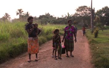 Personnes du village croisé en chemin