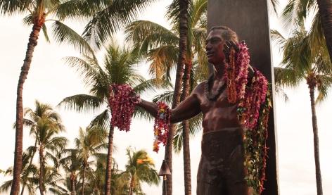 la statue de bienvenue Duke Kahanamoku