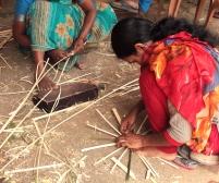 Fabrication de paniers en bambou - Uravu