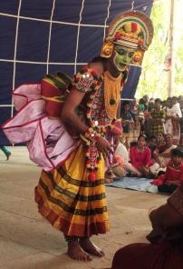 Artiste de Ottan Thullal - Festival de Wayanad