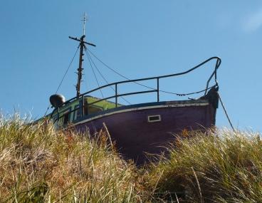 Bateau sur l'herbe - Natashquan