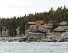 Monolithes - île du Fantôme